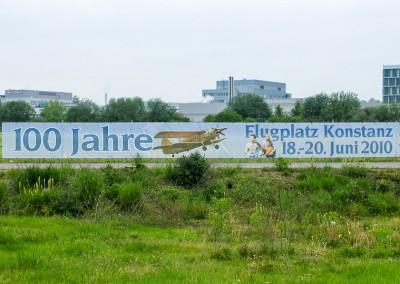 Banner 100 Jahre Flugplatz Konstanz. War's das dann?