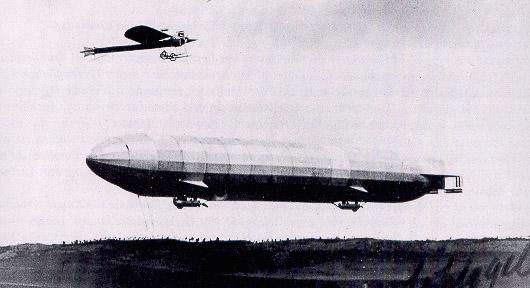 Ernst Schlegel und Zeppelin über Konstanz
